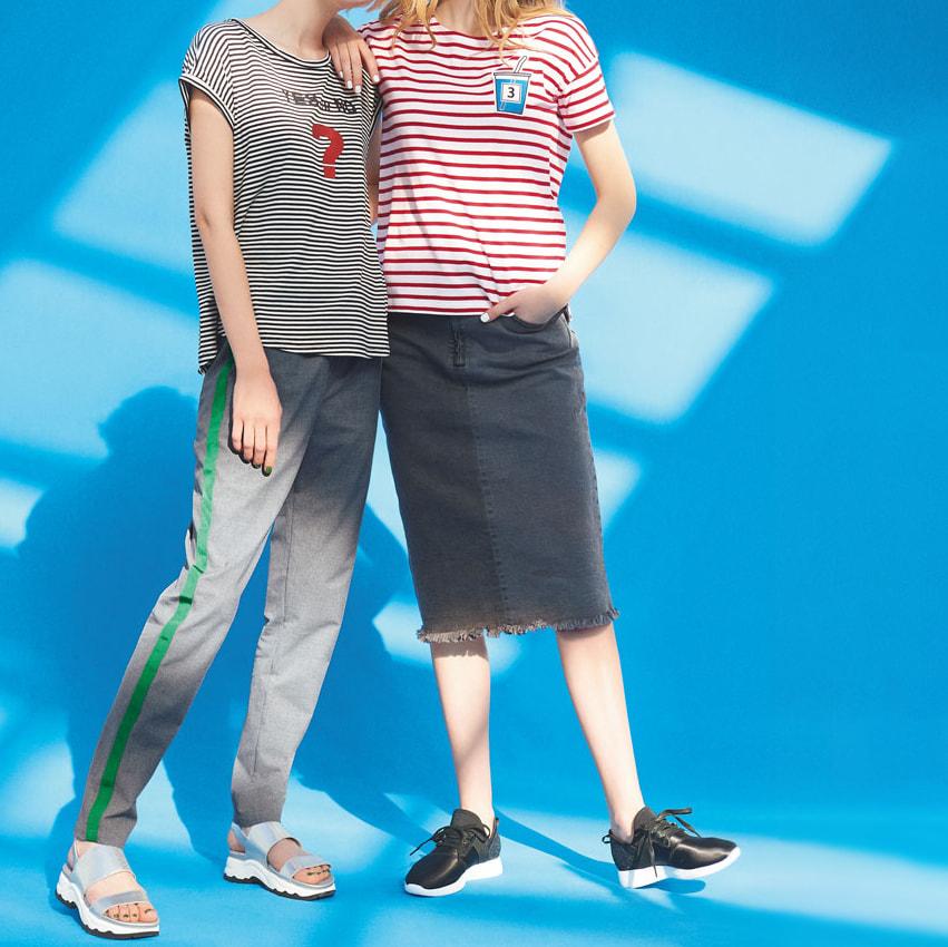 ツートーン ストレッチデニムスカート (右)ツートーン ストレッチデニムスカート コーディネート例