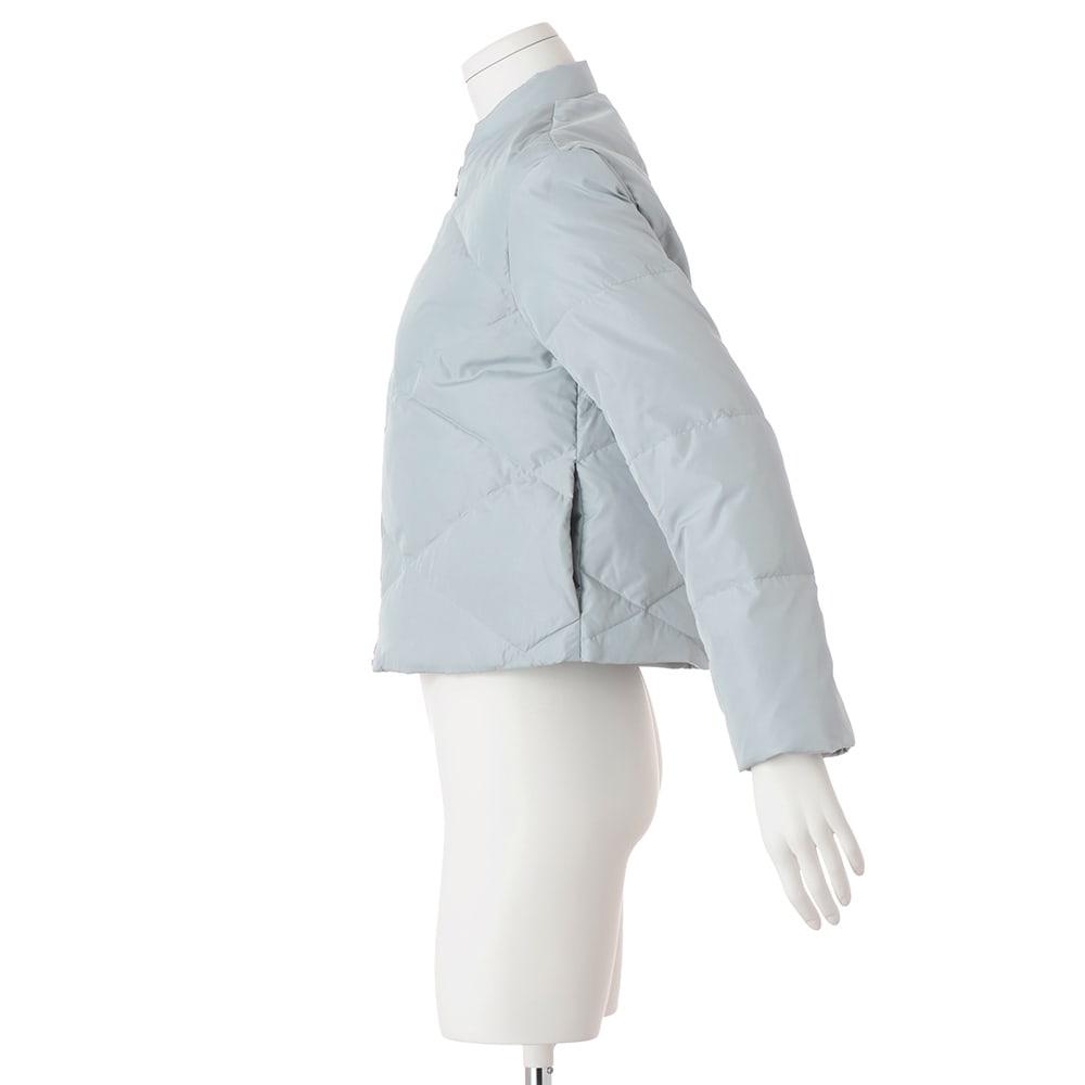 ステッチデザイン ライトダウンジャケット ※今回こちらのお色の販売はございません。参考画像です。