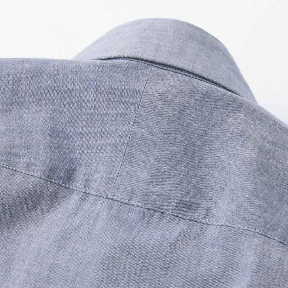SCENE/シーン インディゴ チェック シャツ(日本製)(サイズS) 斜めに伸びる生地の特性を生かし、肩のラインに沿って斜めに縫い合わせたスプリットヨークを採用。 ※画像は同シリーズの別商品(商品番号:PC67-01)です。