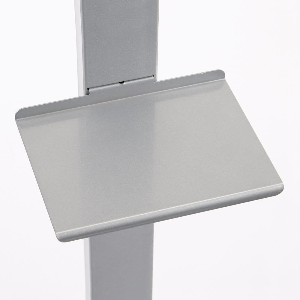 【レンタル商品】DOTTUS/ドッタス ブックシェルフ 棚板の縁は緩やかな曲面になっています。