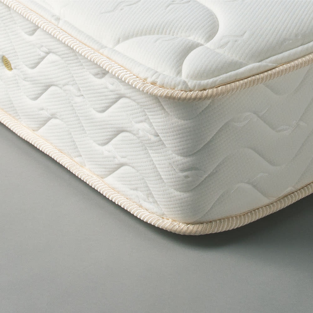 【レンタル商品】国産抗菌マットレス ポケットコイルマットレス ワイドダブル コイルスプリングを一つ一つ包んで独立したポケット(袋)が点で体を支え、体のラインに沿ってしっかり体重を支えます。