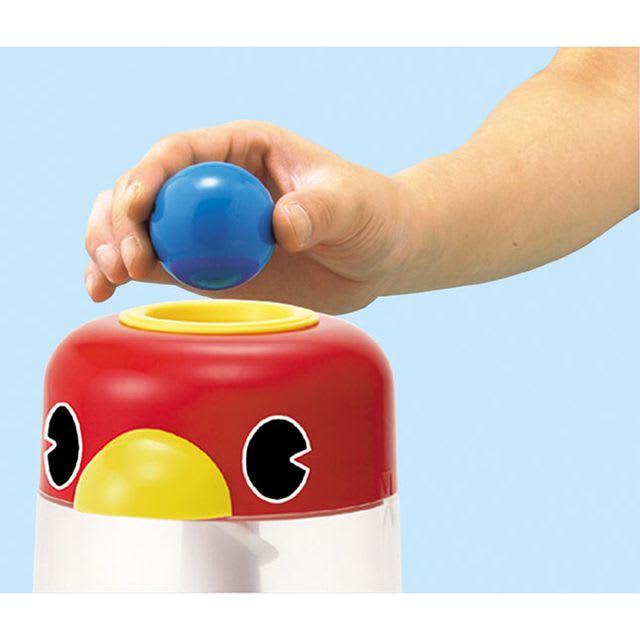 くもん/NEWくるくるチャイム|知育玩具 いれる…入口からボールを入れます