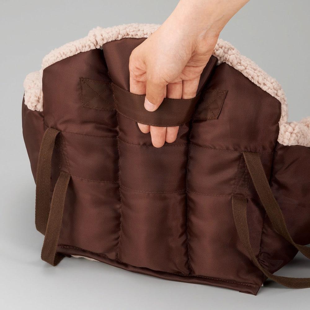 あったかベビーチェアクッション 持ち運びに便利な持ち手付