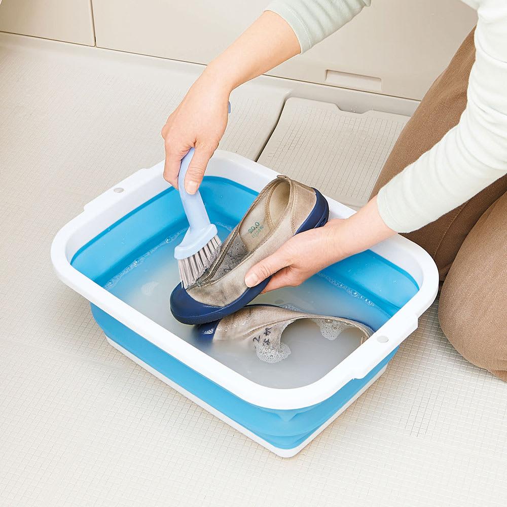 薄く畳める洗い桶 上履き・スニーカー洗いに