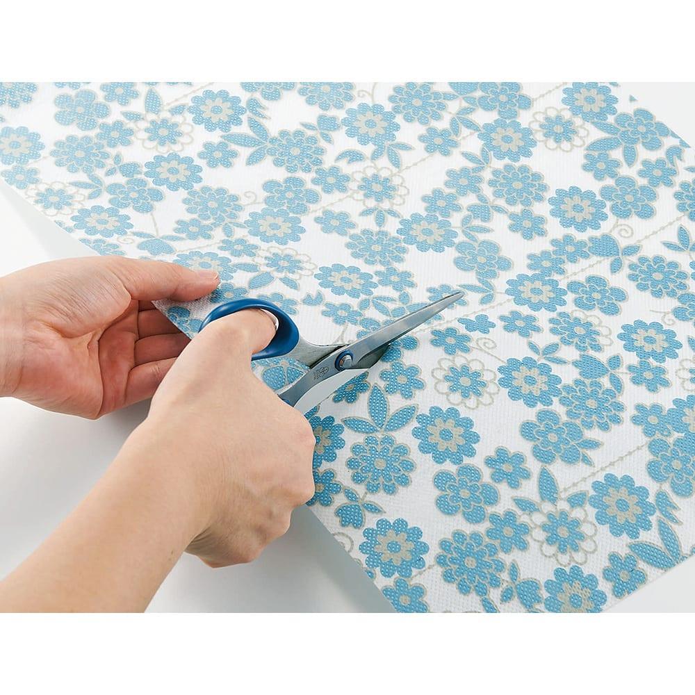 防カビ・消臭・除湿シート 花柄 好みのサイズにカットして使える。切り取り線ごと(約10cm間隔)にカットできます。