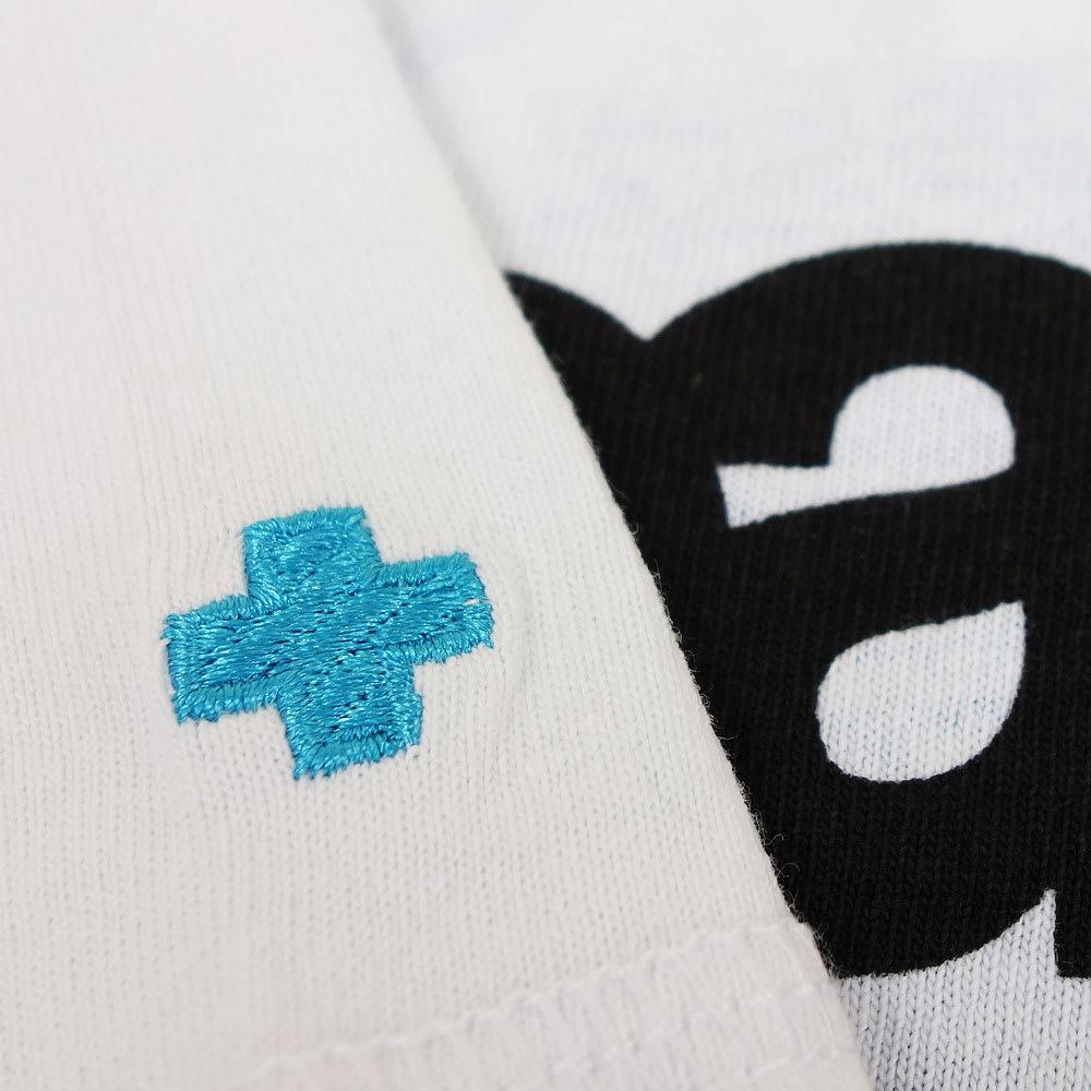 RealBvoice(リアルビーボイス)/リバースプリント Tシャツ 袖にはクロス刺繍入り