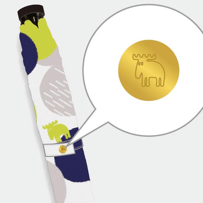 moz(モズ)/UVカット折り畳み傘 フォレストデザイン 織ネームやボタンにエルクのデザイン