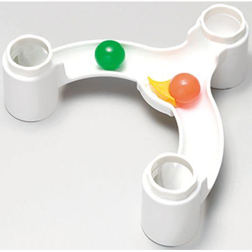 くもん/NEWくみくみスロープ|知育玩具 ボールのコースが左右交互に変わります