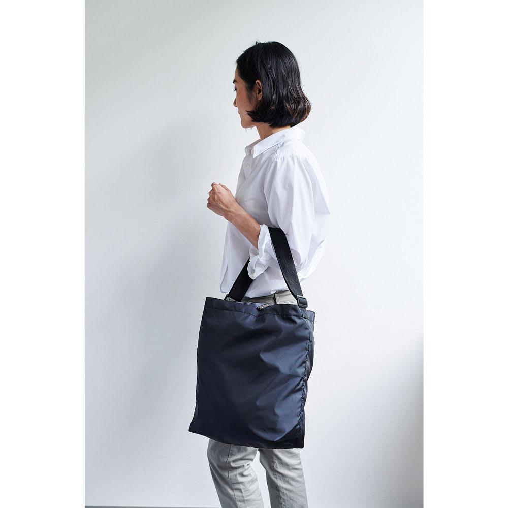 cocoro(コ・コロ)/保冷携帯バッグ ROCCO モデル使用…(エ)ブラック※ハンドバッグ仕様