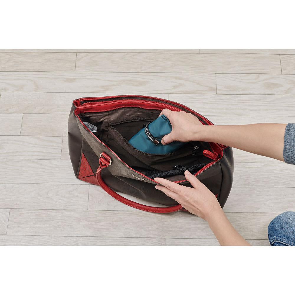 cocoro(コ・コロ)/保冷携帯バッグ ROCCO たたんだ時の大きさは約11cm×16cmのコンパクトに