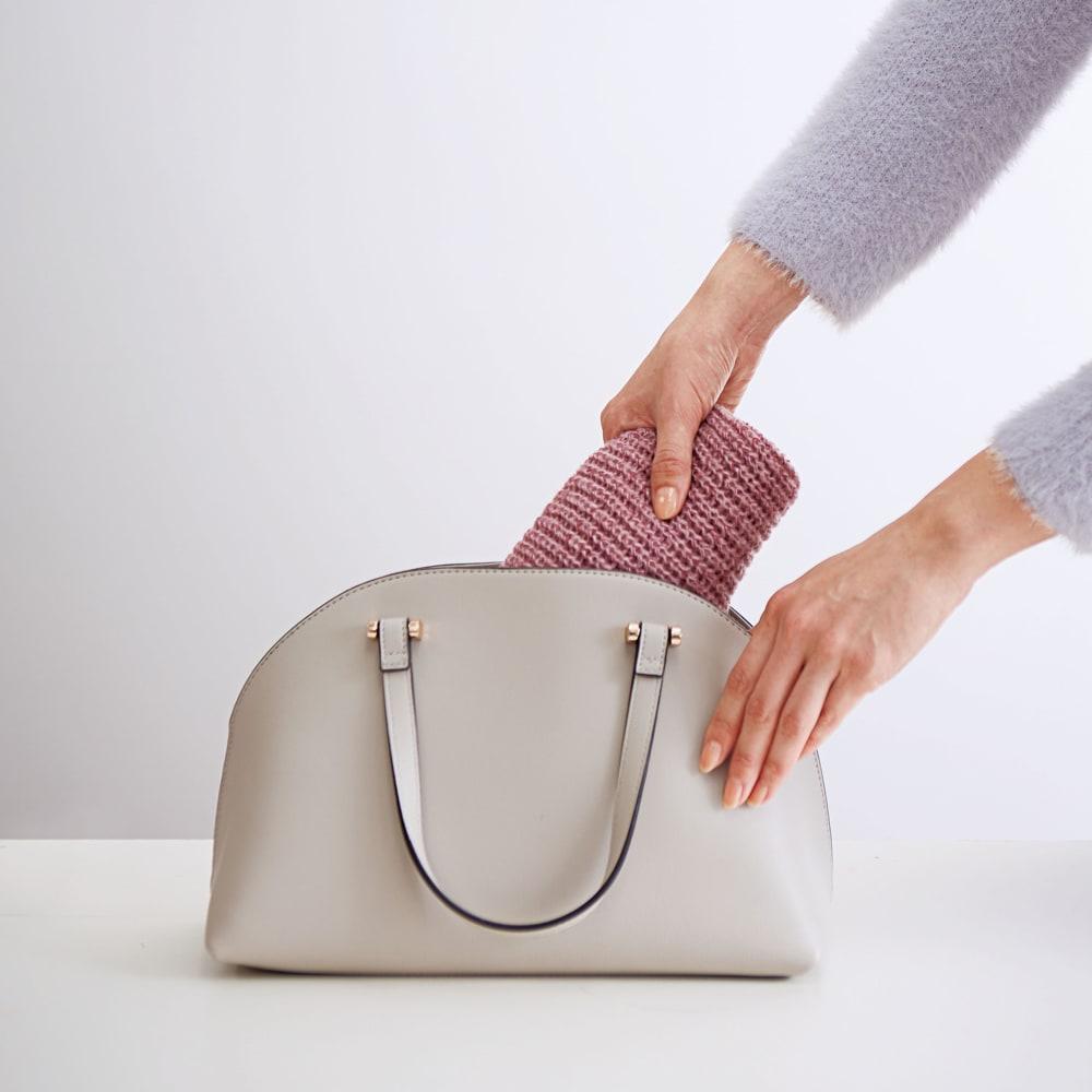 COGIT(コジット)/通すだけ華やかニットマフラー かさばりにくくバッグにも入ります