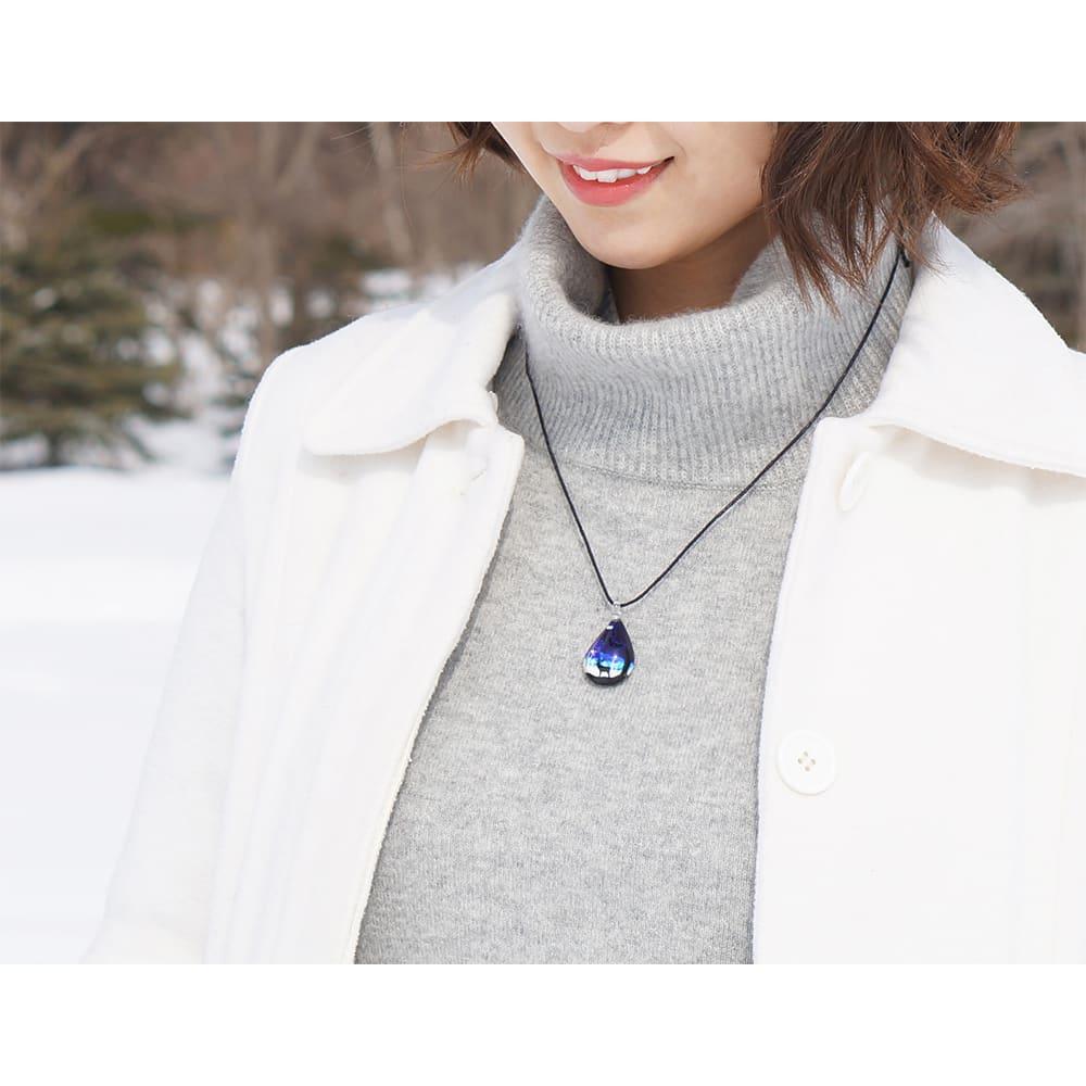 日本製ハンドメイドグラスジュエリー|ノースワングラスジュエリー/EZOSIKA ドロップネックレス