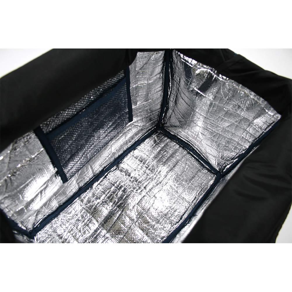 moz(モズ)/レジカゴ保冷バッグ 内側は保冷シート仕様で、メッシュのオープンポケット付き