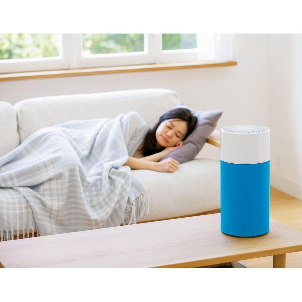 ブルーエア 空気清浄機 コンパクトな筒型で、360度全方向から空気を吸い込み清浄に。○13畳の部屋の空気を約30分できれいに!(※日本電機工業会規格JEM1467に準拠し、最大風量(スピード3)にて清浄した試験結果。※部屋の状況や使用方法により異なります。)