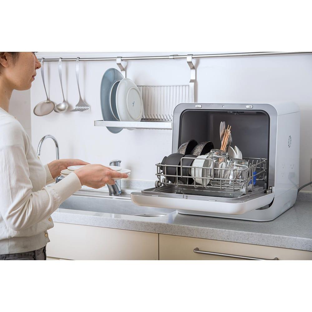 siroca/シロカ 工事の要らない食器洗い乾燥機 洗浄後は乾燥まで行います。食器をそのまま使用することも!※乾燥はコースにより異なります。