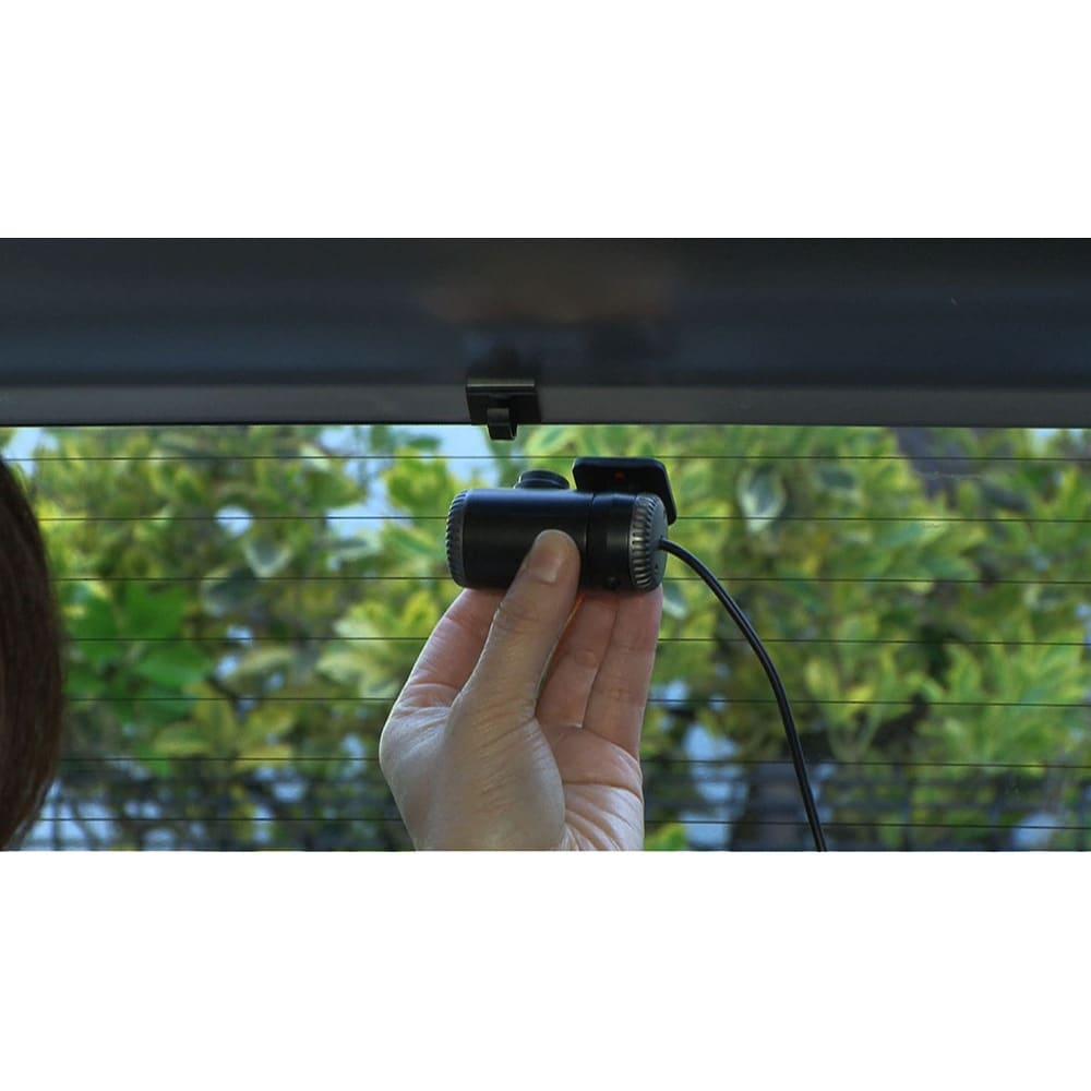 後方カメラ付きドライブレコーダー 後方カメラはリアガラスの上に貼り付けて配線すればOK!
