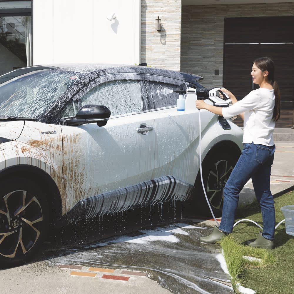 ビューティテック コードレス高圧洗浄機 ◎泡発生器…高圧水流で、洗剤が一瞬できめ細かい泡に!頑固な汚れを洗い流したり、洗車の際に活躍します。(※中性洗剤以外は使用しないでください。)