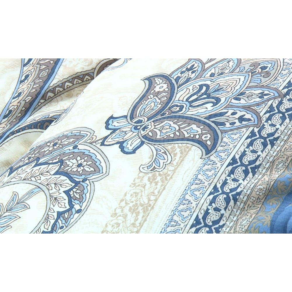 羽毛布団のフルリフォーム(セミダブル) 新品の側生地で縫製します。※写真は柄の一例です