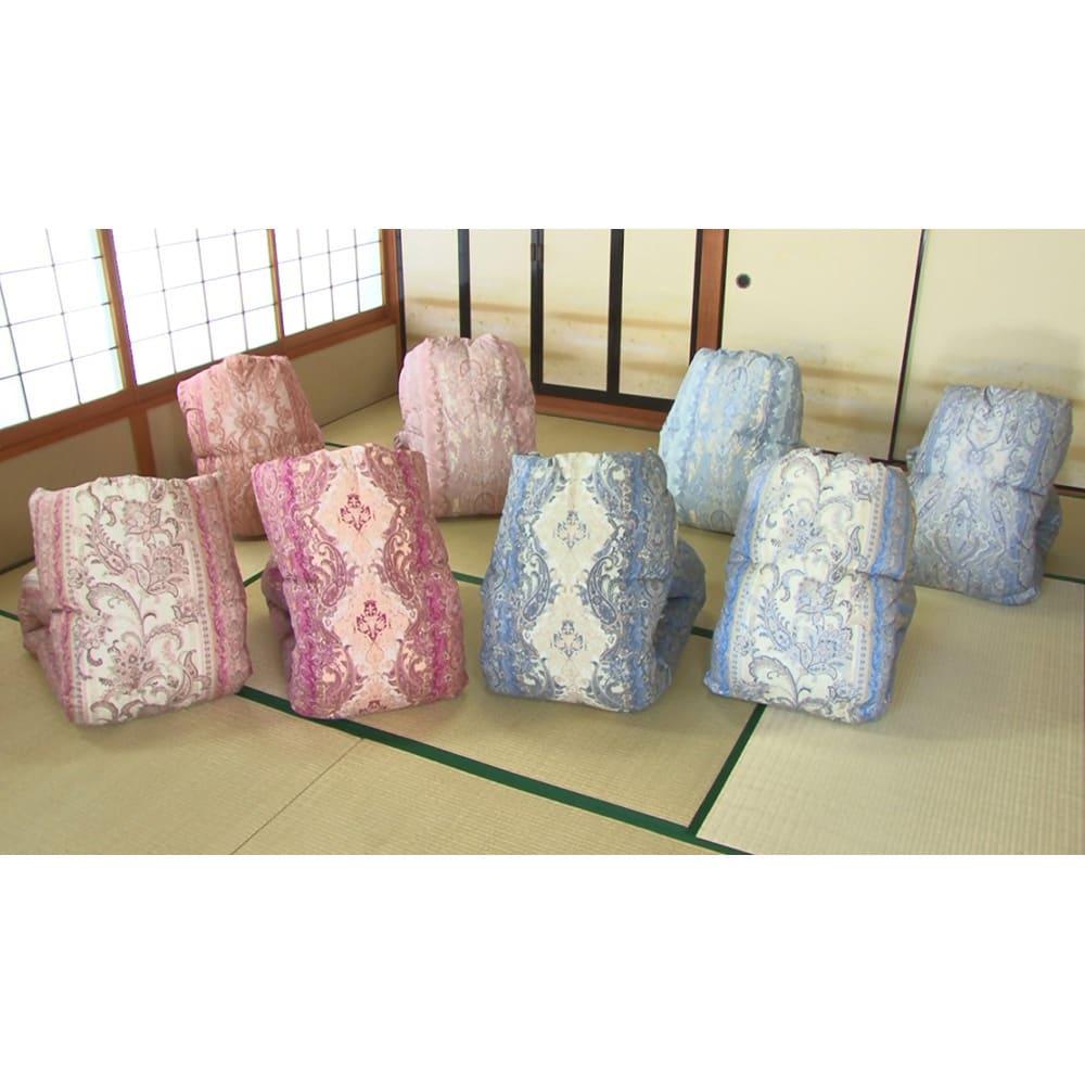 羽毛布団のフルリフォーム(ダブル) 柄はお任せになりますが、色は(ア)暖色系と(イ)寒色系からお選びいただけます。※写真は柄の一例です
