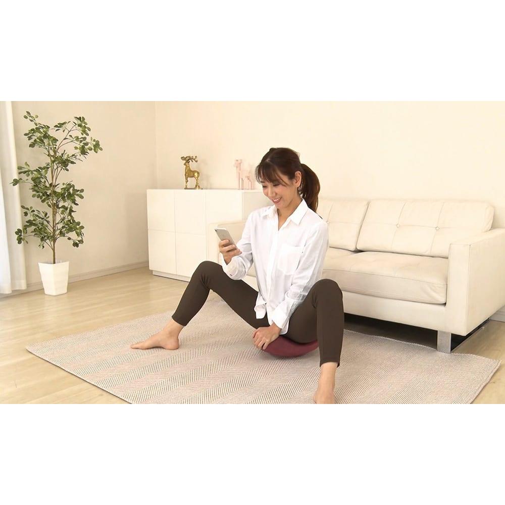 柔ら美人 開脚ベターイージースリム ながら使いもOK。股関節がしっかりストレッチされるのを実感!