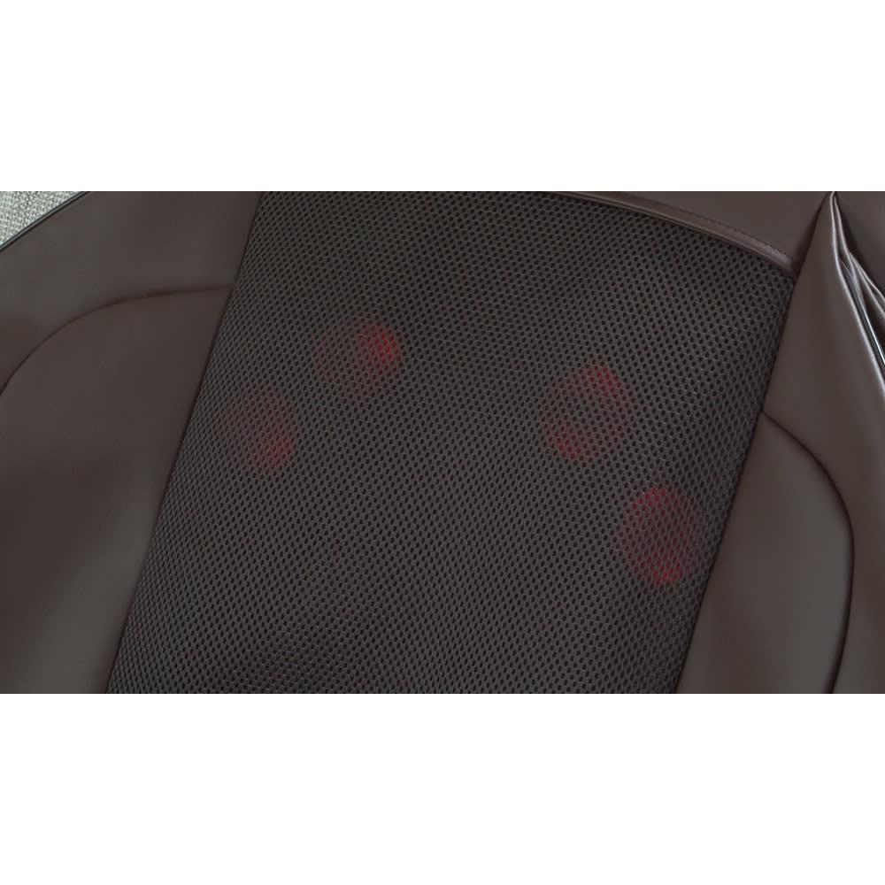 3Dメディカルシート ペルソナ 背中のもみ玉にはヒーター機能を搭載。やさしく温めながらマッサージできます。