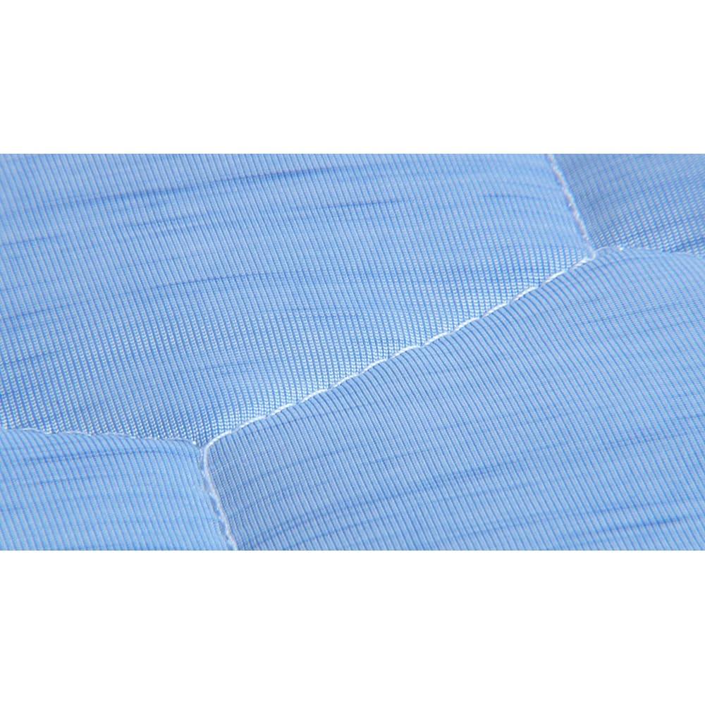 ひんやり除湿寝具 デオアイス 敷きパッドNEO(クイーン) キルトの縫い目部分に、アンモニアなどの汗のニオイ成分を約90%抑える消臭糸※を使用。汗臭さを気にせず寝られます。(※アンモニア・イソ吉草酸・酢酸の消臭データに基づく。(ボーケン調べ))