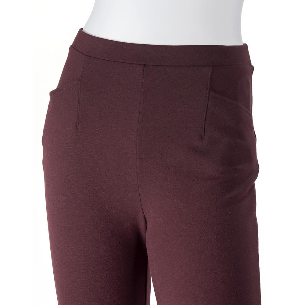 ARIKI あったか大人パンツ ウエストは総ゴム仕様。しかも硬いボタンやファスナーを使っていないから、当たりもやさしく、穿き心地ラクちん! 前ポケット2個付き。