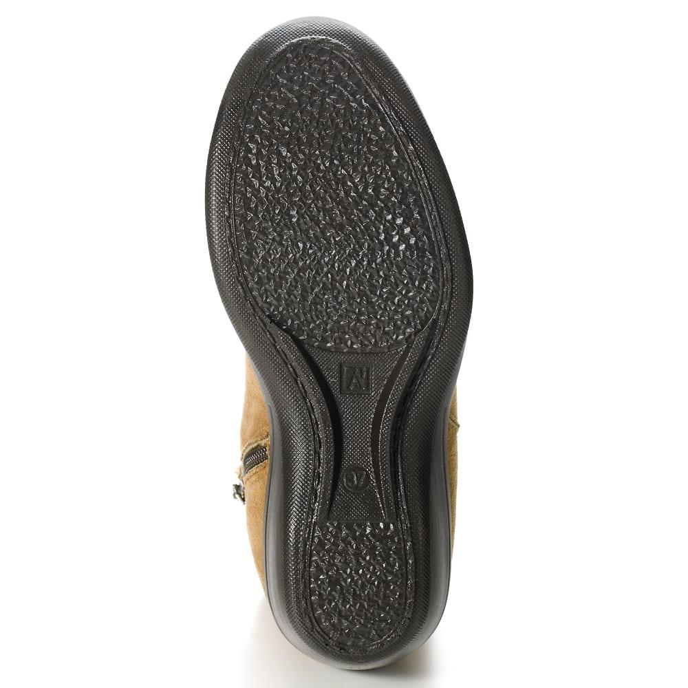ARCOPEDICO/アルコペディコ ショートブーツ 靴底に配した2本のアーチラインが土踏まずを支え、足裏にかかる衝撃を分散!歩きやすく疲れにくい!