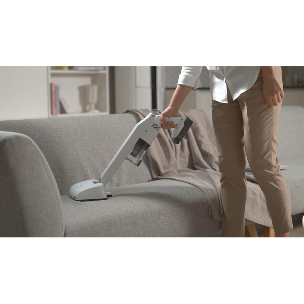 レイコップ コードレスクリーナー 通販限定モデル 普段あまり掃除しないような、布製のソファやクッションの、ダニ・雑菌対策にもオススメ。