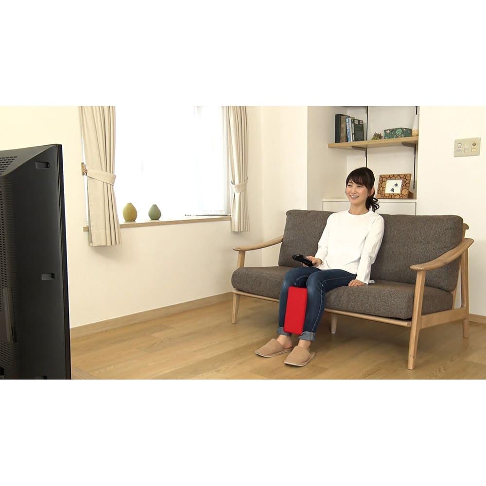ジェットスリムボディMAX 《座っても使えます》テレビを見ながら。