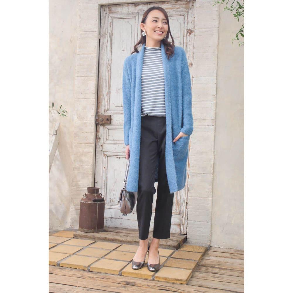 アルパカブークレコーディガン (ウ)ブルー…差し色として使えるので、お洋服にベーシックカラーが多い人はオススメ!