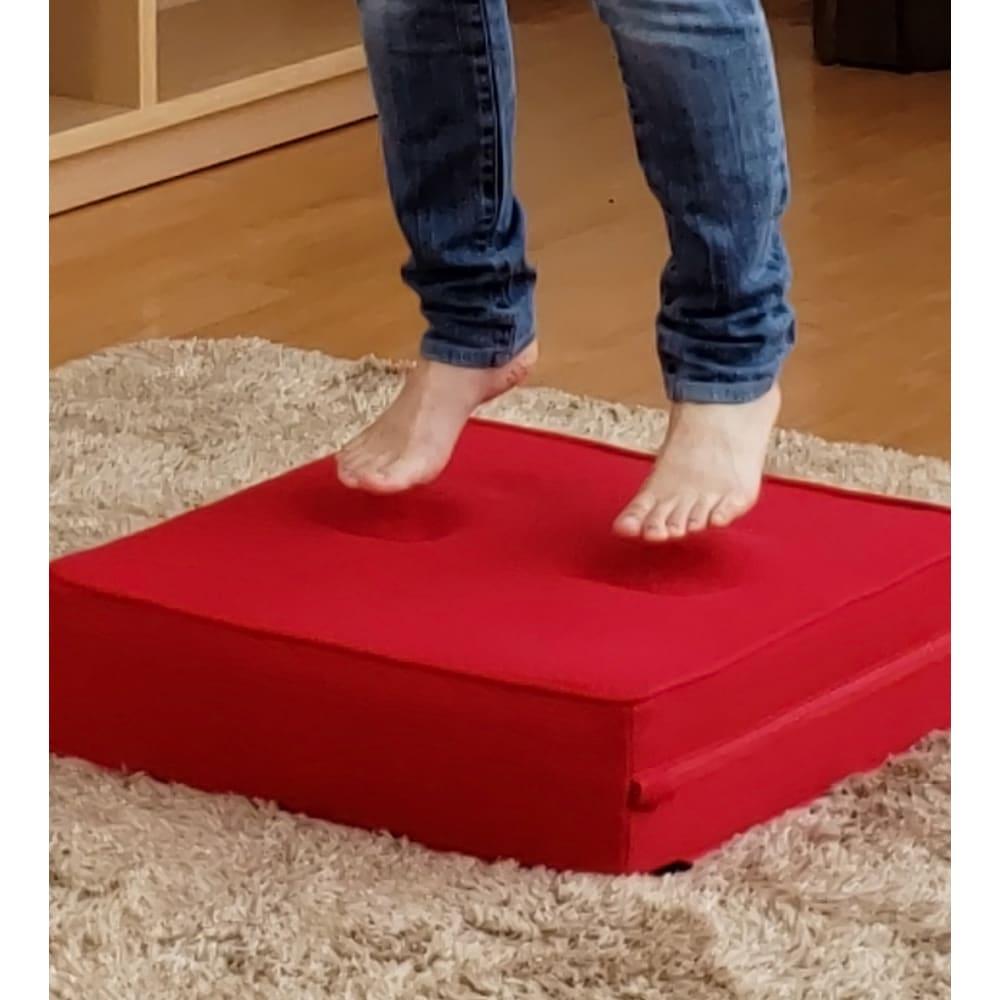 パーフェクトエクサ(R) この程度つま先を離すだけで一気にジャンプ感がUP 足の指先から背中まで広範囲の筋肉を効率良く使います