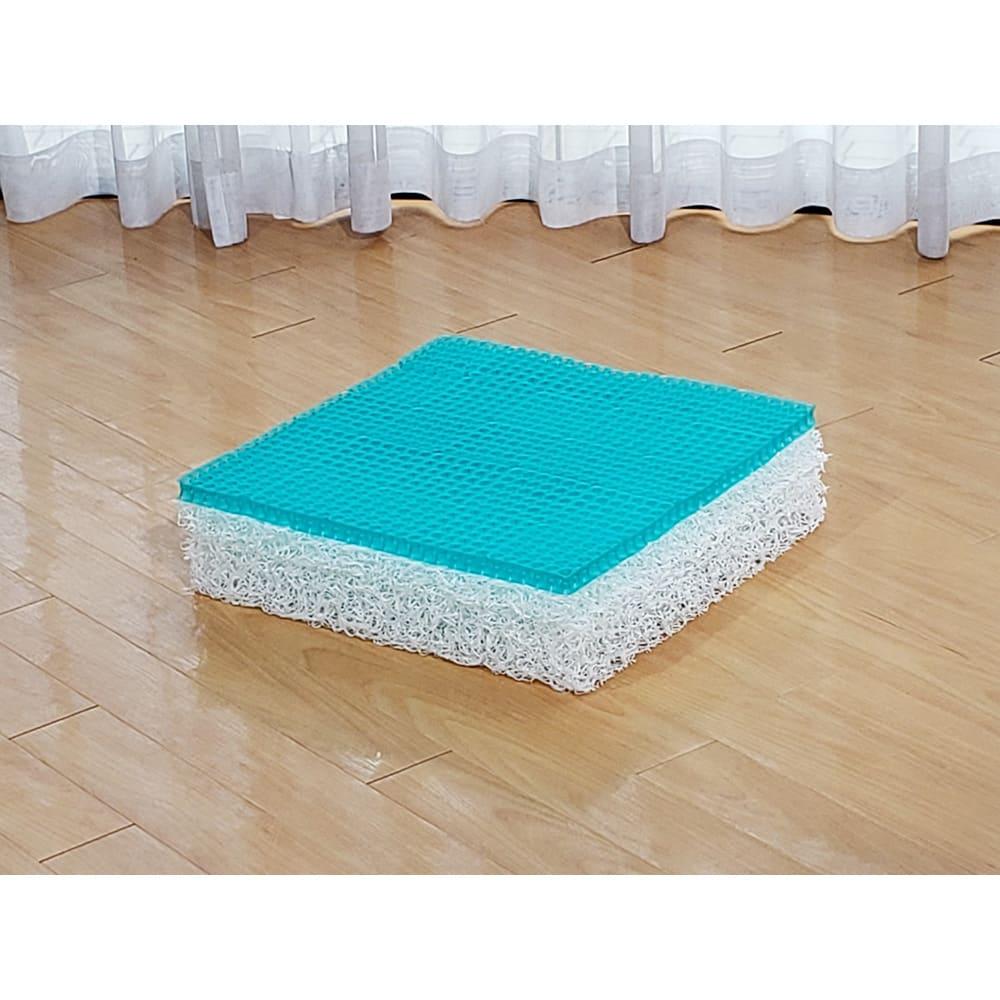 パーフェクトエクサ(R) ○上の緑色の素材は軍用ヘルメットの内側やベビー用の寝具、車椅子の座面などに使われています。○下の層の白い素材は腰にやさしい機能性寝具に使われている素材です。どちらもホコリがでにくいのもうれしい