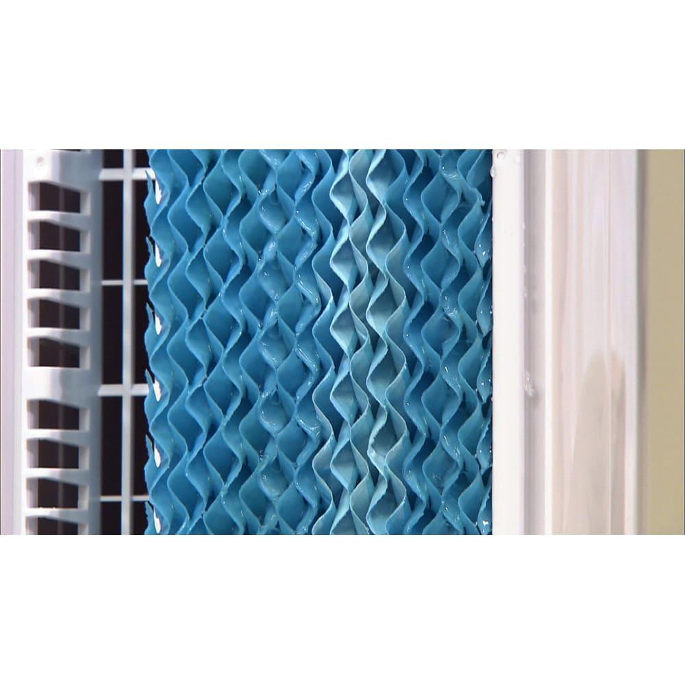 クーリングファン 冷風扇 水を入れるとフィルターに浸透、気化熱を利用して涼しい風を送ります。