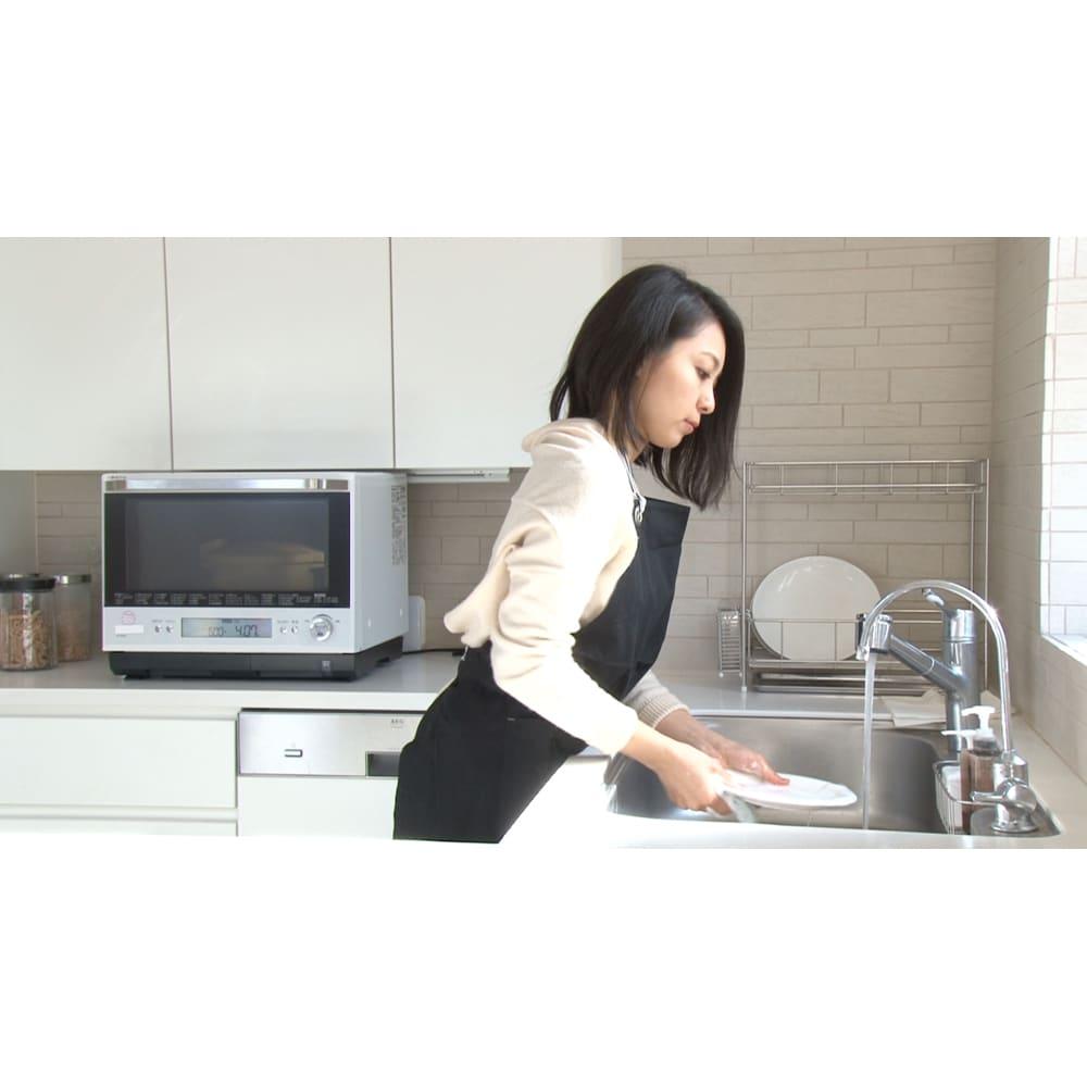 MEYER/マイヤー 電子レンジ圧力鍋(色が選べるお得な2個組) スイッチを入れたら、後は放ったらかし!側についていなくても大丈夫!レンジしながら皿洗いも。