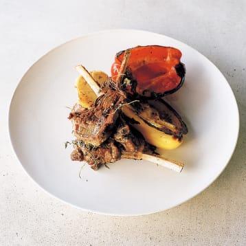 無水鍋で作るラムの蒸し焼き、焼き野菜添え