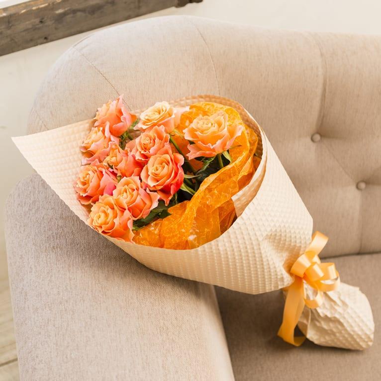 元気がでるオレンジのバラの花束<br>5,500円(税込)