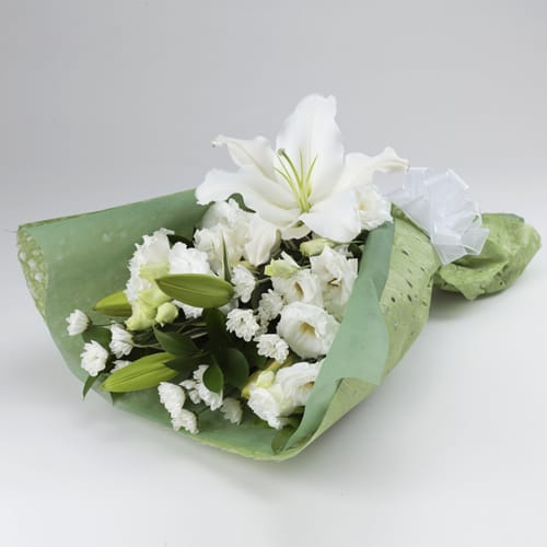 お供え花束 ホワイト<br>3,300円(税込)