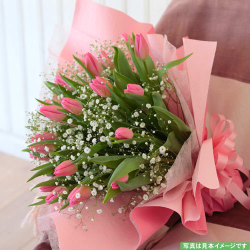 チューリップのシンプルな花束<br>5,500円(税込)