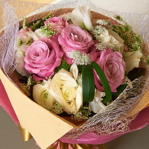 ピンクのバラの上品なブーケ<br>5500円(税込)