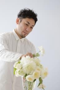 誕生日花担当デザイナー ARTISANS flower works(アルチザンズ フラワーワークス)/小谷 祐輔氏▼