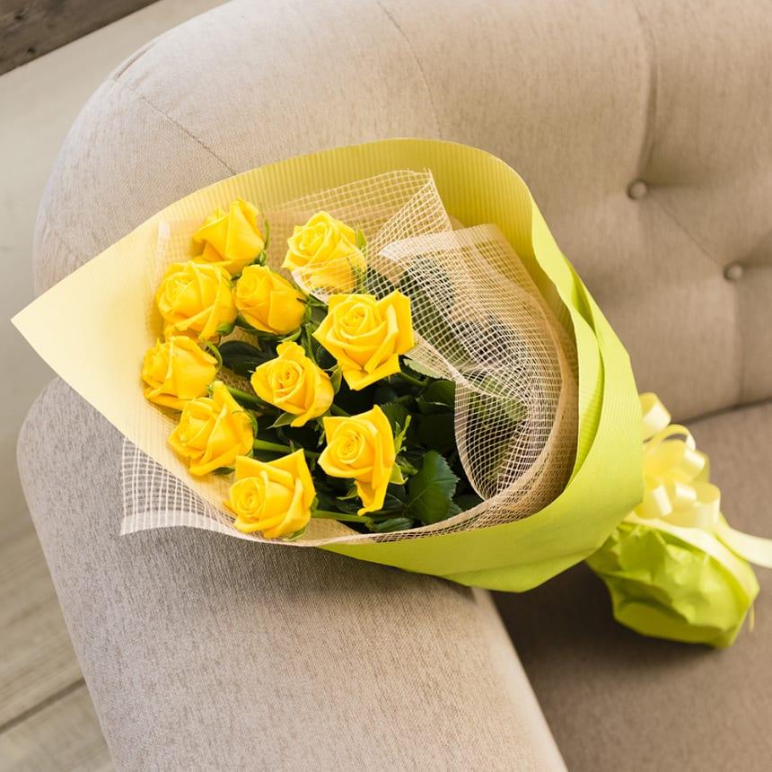 黄色いバラの花束