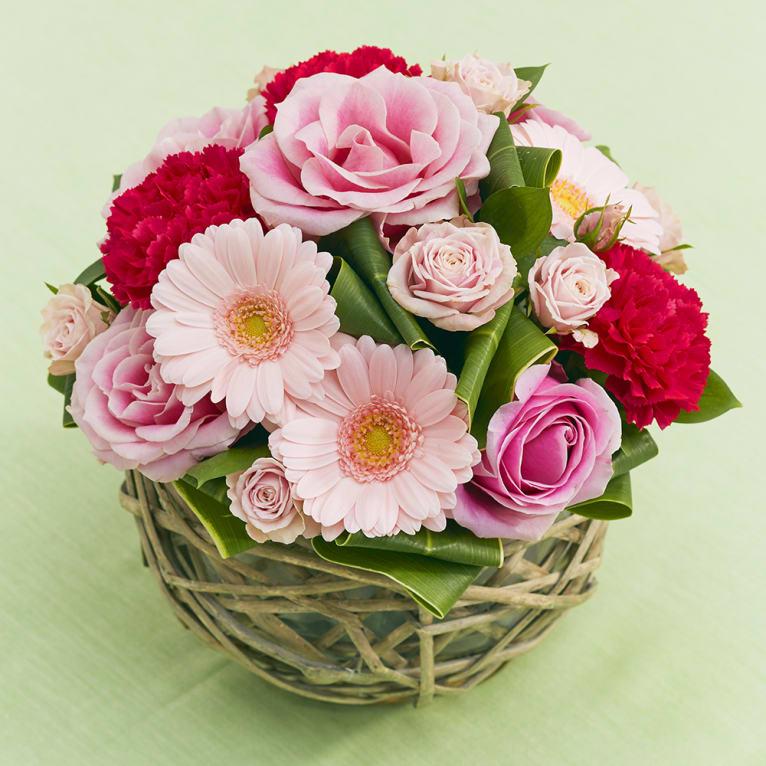 【送料無料】ピンクローズのロマンティックアレンジ<br>5,500円(税込)