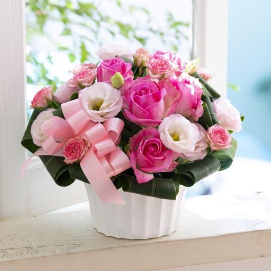 ピンクのバラのアレンジメント「スイート」<br>5,500円(税込)