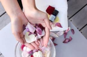 バラから抽出した油。ローズエキスは美容にどのくらい効果的?