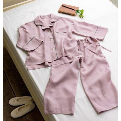 フレンチリネンのパジャマ