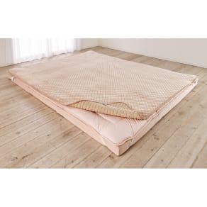モチモチが気持ちよく、寝心地アップをサポート。1年中使える洗える敷きパッド(シングル)
