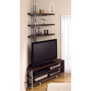 テレビ上の空間を有効活用できる突っ張り式スペースラック コーナーシェルフ 幅90cm・3段