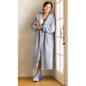 ふんわりもこもこ着る毛布 ロングフーディータイプ