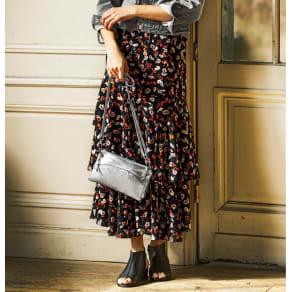 小花柄 ティアードスカート